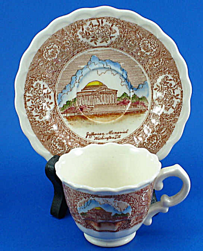 Vernon Kilns Mini Jefferson Memorial Cup and Saucer (Image1)