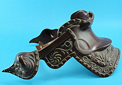 1950s Breyer Western Horse Brown Snap Saddle (Image1)