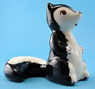 Robert Simmons Pottery Skunk (Image1)