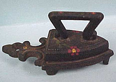 Antique Miniature Iron & Trivet (Image1)