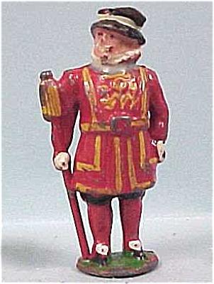 Miniature Cast Metal King (Image1)
