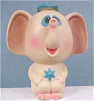 Farmi Elephant Squeeze Toy (Image1)