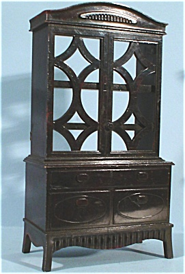 Ideal Plastic Dollhouse China Cupboard (Image1)