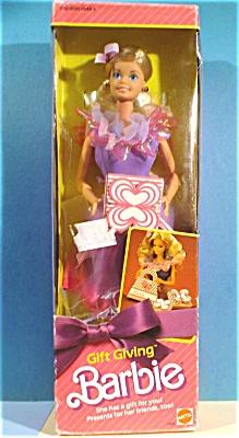 Mattel Gift Giving Barbie (Image1)