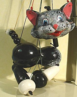 Pelham Cat Puppet (Image1)