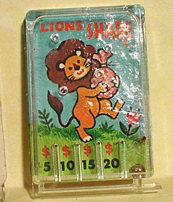 1970 Cracker Jack Prize Toy Lion's Share Game Pinball (Image1)