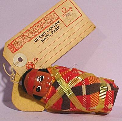 1940s Souvenir Grand Canyon Papoose Mailer Doll (Image1)