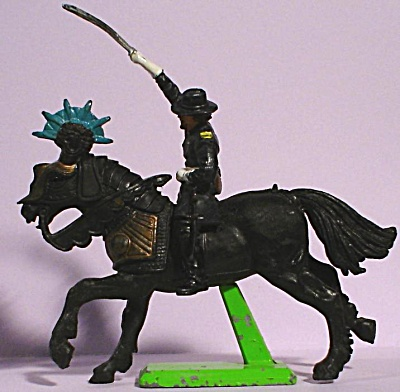 Britians Ltd Deetail Mismatched Horse And Rider