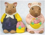 Click here to enlarge image and see more about item a04331: Ceramic Mouse Salt /Pepper Shakers