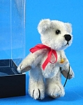 Click here to enlarge image and see more about item a05626m: Dollhouse Miniature White Teddy Bear