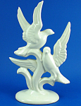 Click here to enlarge image and see more about item a06089: Metlox Poppytrail Bird Pair Figurine