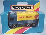 Click here to enlarge image and see more about item d00134: Matchbox #26 Volvo Covered Tilt Truck