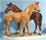 Click here to enlarge image and see more about item h01757: Hagen-Renaker Specialty Grooming Horses