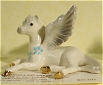 Click here to enlarge image and see more about item h01881: Hagen-Renaker Miniature Lying Pegasus