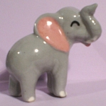 Click here to enlarge image and see more about item h01974: Hagen-Renaker Miniature Early Mama Elephant