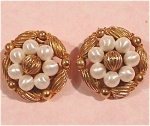 Click here to enlarge image and see more about item j00431: Coro Clip Earrings