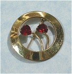 Wells Circle Pin With Red Rhinestone Hearts