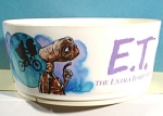 Click here to enlarge image and see more about item k00190: 1982 Plastic ET Bowl