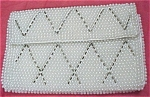Click here to enlarge image and see more about item m00204: Small Bead Purse