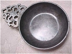 Click here to enlarge image and see more about item mt00098: Small Stede Pewter Porringer
