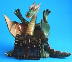 L518 Dragon with Treasure Box
