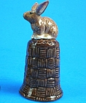 Click here to enlarge image and see more about item n01122: K4131 Brown Rabbit on Basket Thimble