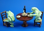 Click here to enlarge image and see more about item n01327: K2041 Frog Banquet
