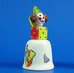 Click here to enlarge image and see more about item n01666: Hand Painted Ceramic Thimble - Jack in the Box