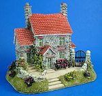 Click here to enlarge image and see more about item n01740: Resin House