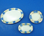 Click here to enlarge image and see more about item n01814: Dollhouse Miniature Platters and Plate