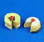 Click here to enlarge image and see more about item n01877: Dollhouse Miniature Cake Pair