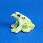 Click here to enlarge image and see more about item n02339: K999 Miniature Frog