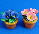 Click here to enlarge image and see more about item n02595: Dollhouse Miniature Flowers in Clay Pot