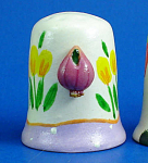 Hand Painted Ceramic Thimble - Garlic on Side