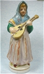 Click here to enlarge image and see more about item p00261: 1940s/1950s Japan Ceramic Lady with a Lute