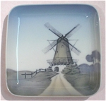 Click to view larger image of Bing & Grondahl Square Windmill Scene Plate (Image1)
