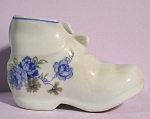 Click to view larger image of Colonial Leart Porcelain Brazil Shoe Ashtray (Image1)