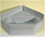 Click here to enlarge image and see more about item t01170: Marx Plastic Dollhouse Corner Tub