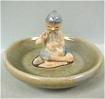 Click here to enlarge image and see more about item w00275: Irish Wade Leprechaun Cobbler Pin Dish