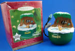 Click here to enlarge image and see more about item wd00088m: 2001 Hallmark Disney Bambi Discovers Winter