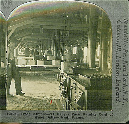 STEREOVIEW - WWI -VAST U.S. KITCHEN AT BREST. (Image1)