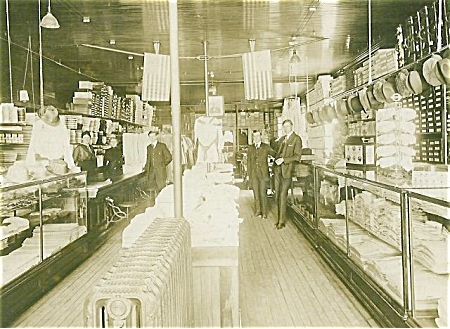 ANTIQUE PHOTO - LARGE -DRY GOODS STORE. (Image1)