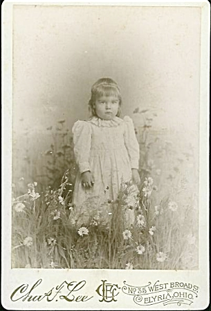 "CABINET PHOTO – GIRL IN ""FIELD"" OF DAISIES (Image1)"