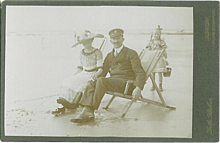 CABINET PHOTO – BEACH FUN - FULLY CLOTHED (Image1)