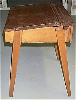 ANTIQUE CHILD'S SCHOOL DESK – Late 1800's. (Image1)