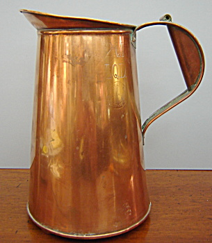 Antique 2 QT Copper Measure from New York City. (Image1)