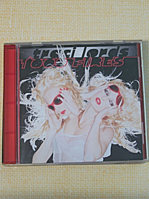 Traci Lords     1000 Fires (Image1)