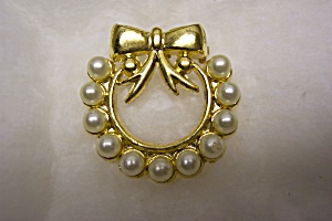 Gold  Tone And Faux Pearl Brooch (Image1)