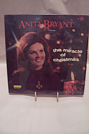 Anita Bryant - The Miracle Of Christmas (Image1)