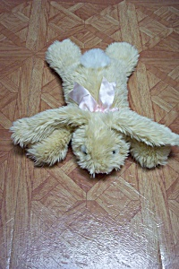 Plush Bed/Pillow Stuffed Bunny Rabbit (Image1)